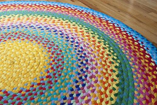 10 Fabulous DIY Ways to Recycle Old Tees crochet t shirt rug tutorial
