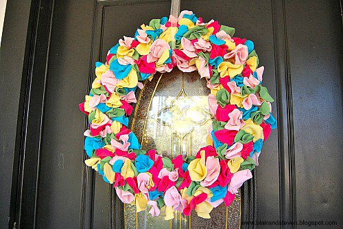 10 Fabulous DIY Ways to Recycle Old Tees t shirt wreath tutorial