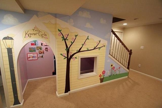 10 Incredible Kids Under Stair Playhouse DIY Ideas1