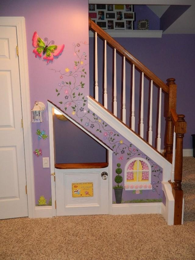 10 Incredible Kids Under Stair Playhouse DIY Ideas51 e1443018481237