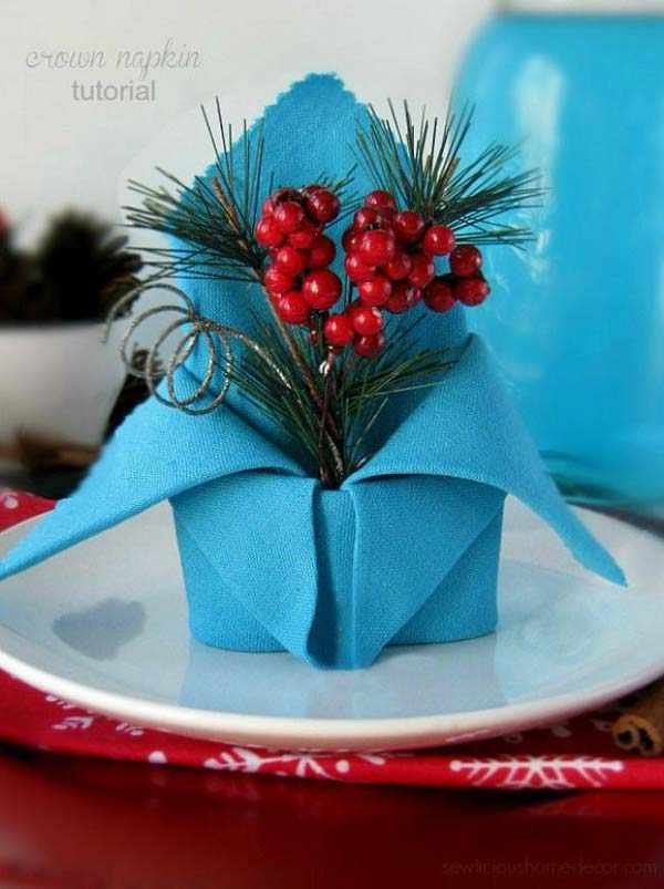 17 Super Delicate Napkin Ideas For Your Christmas Table Setting homesthetics decor 4