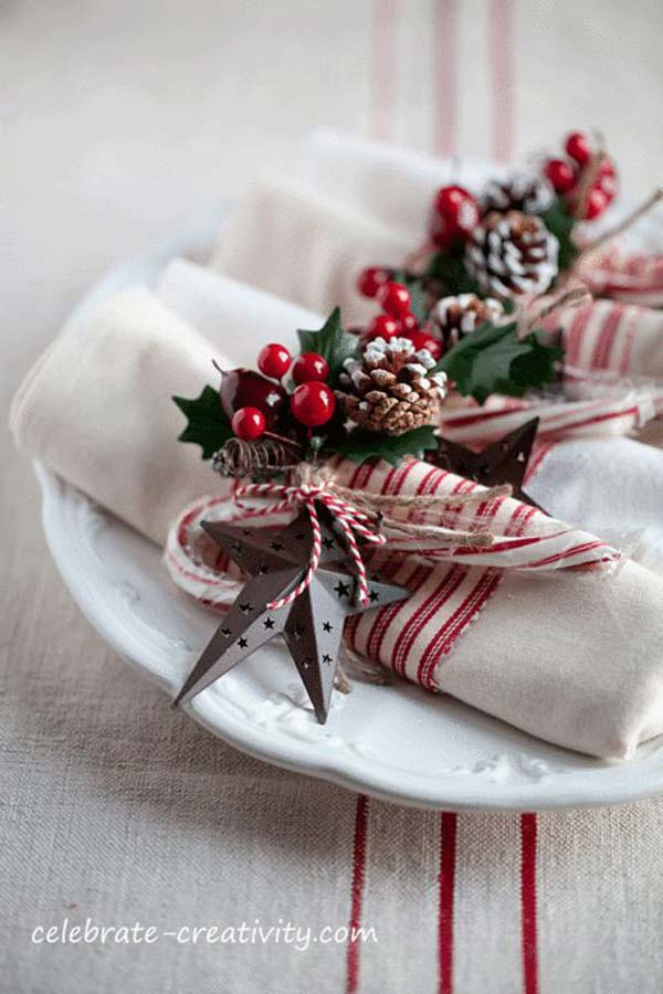 17 Super Delicate Napkin Ideas For Your Christmas Table Setting homesthetics decor 8