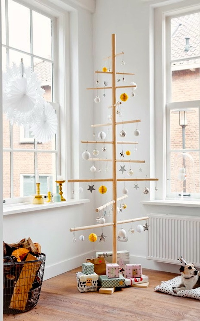 18 Exceptionally Brilliant Modern Christmas Tree Alternatives That You Can Embrace homesthetics 2