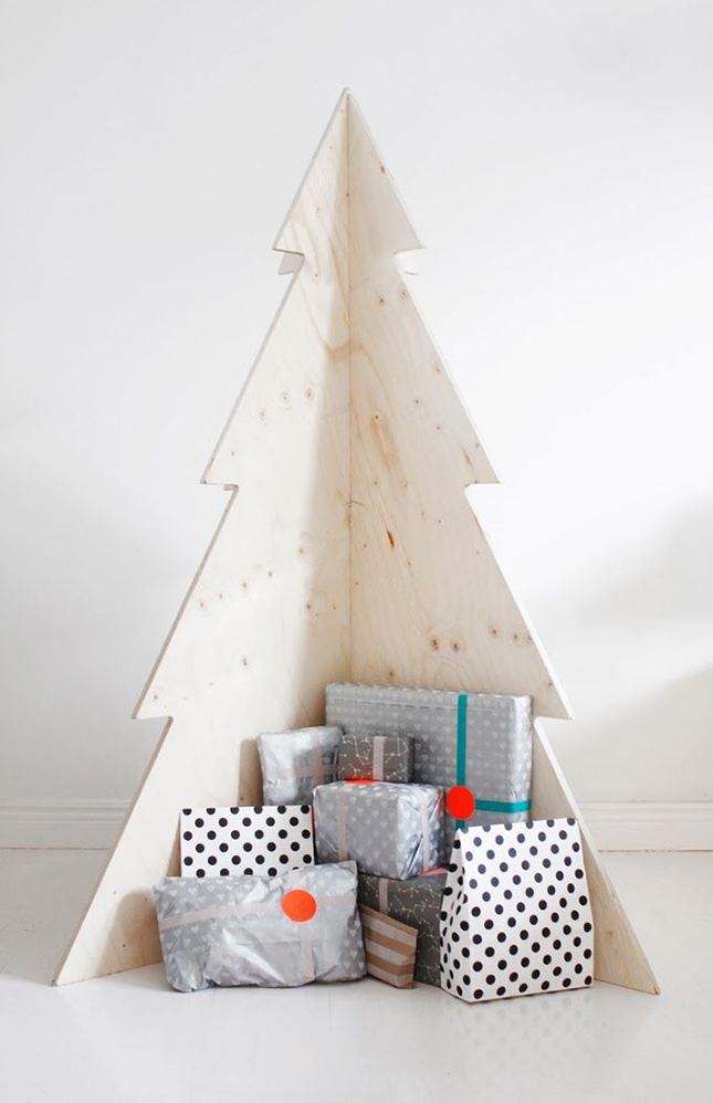 18 Exceptionally Brilliant Modern Christmas Tree Alternatives That You Can Embrace homesthetics 9