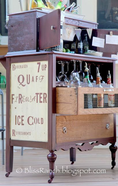 20 Creative Ideas and DIY Projects to Repurpose Old Furniture 21