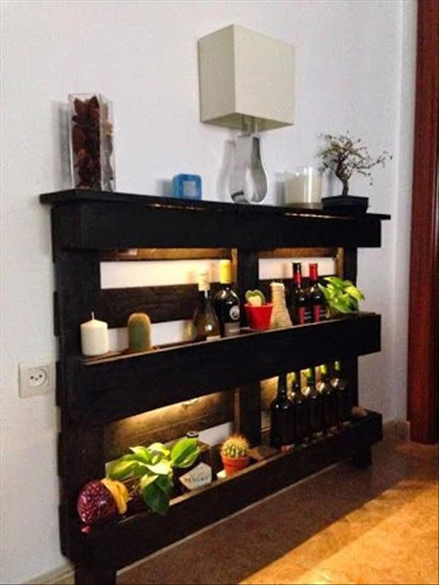 20 Furniture You Can Create Using Old Pallets 1