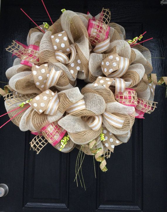 22 Awesomely Shabby Chic Christmas Wreath That Can Be Used All Year Round 14