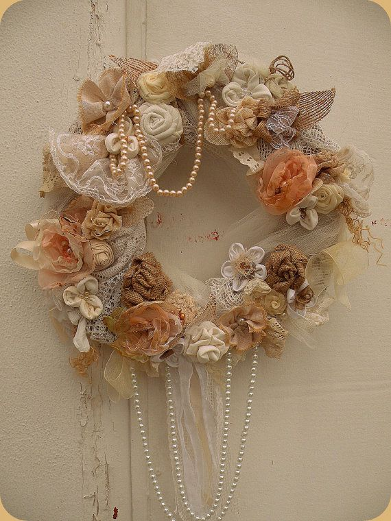 22 Awesomely Shabby Chic Christmas Wreath That Can Be Used All Year Round 21