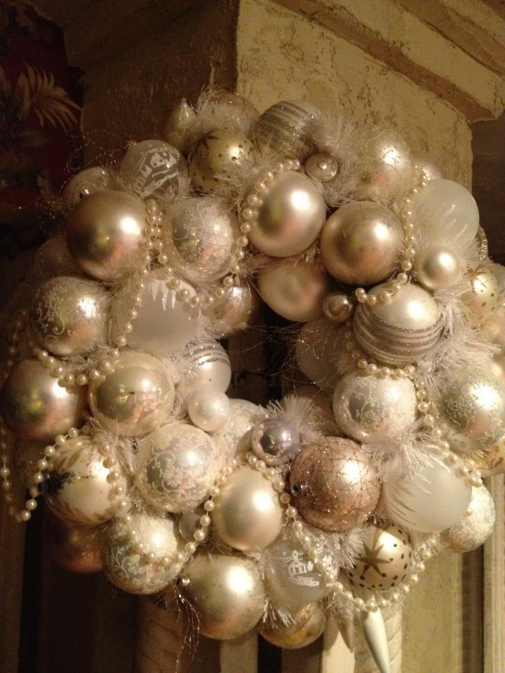 20+ Shabby Chic Christmas Wreaths