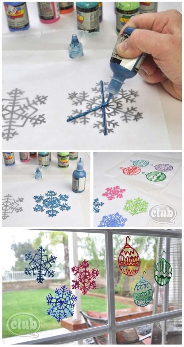 30 Insanely Beautiful Last Minute Christmas Windows Decorating Ideas homesthetics decor 4