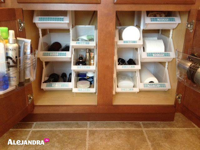 AD Brilliant DIY Storage And Organization Hacks For Small Bathrooms 01