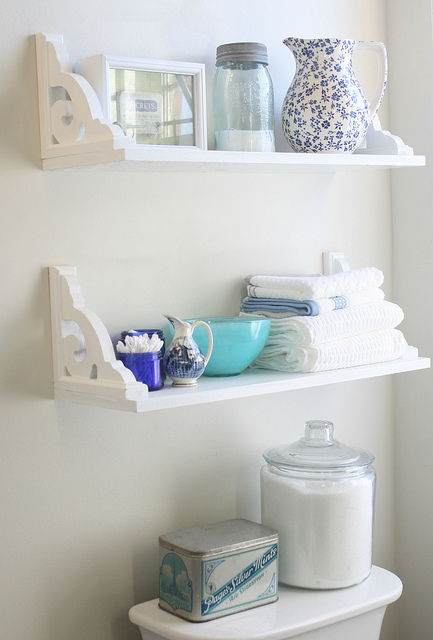 AD Brilliant DIY Storage And Organization Hacks For Small Bathrooms 10