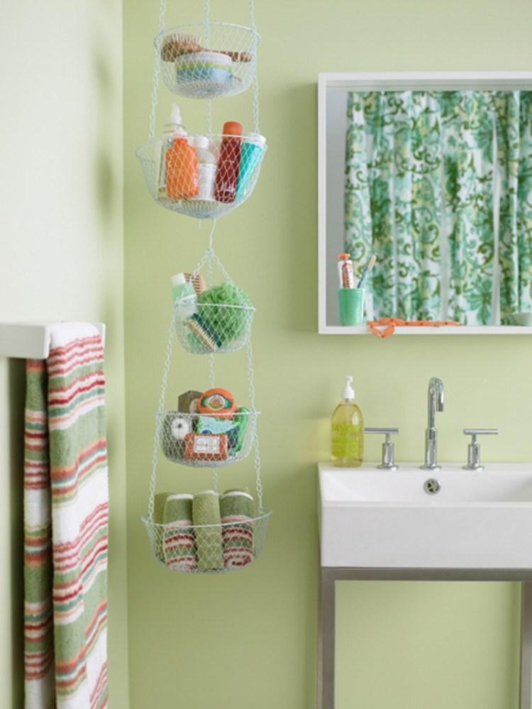 AD Brilliant DIY Storage And Organization Hacks For Small Bathrooms 29