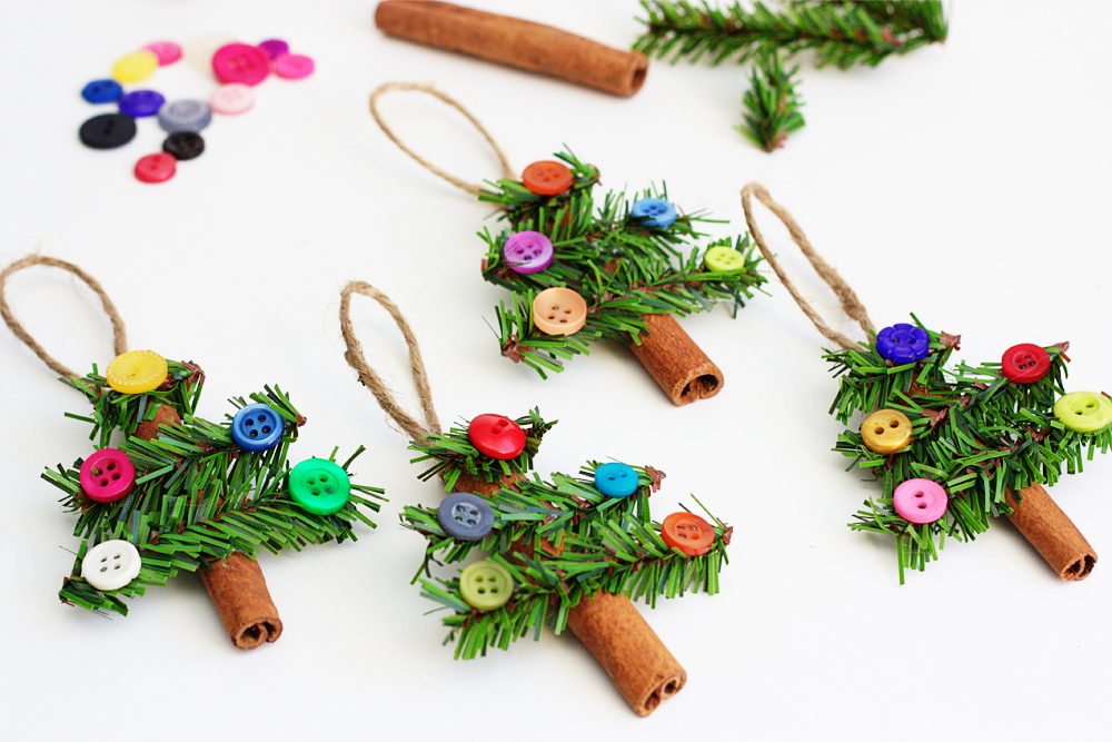 Button Crafts for Christmas Decorations11
