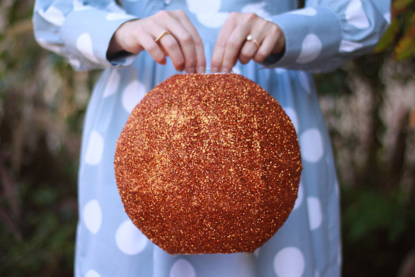 Cover Paper Lanterns with Glitter