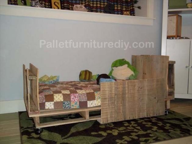 DIY Kids Pallet Furniture 8