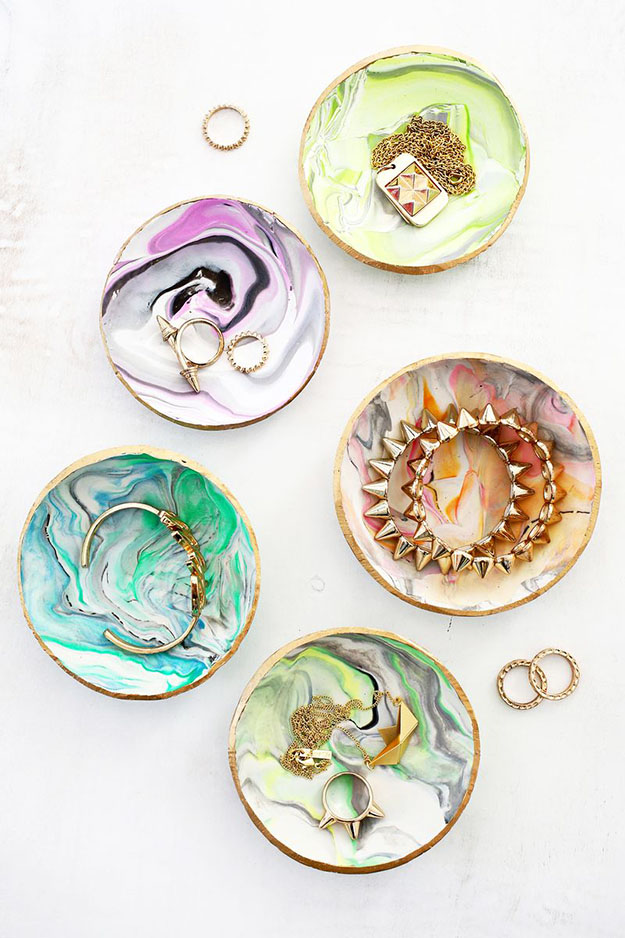 DIY Ring Dish from Marbled Clay