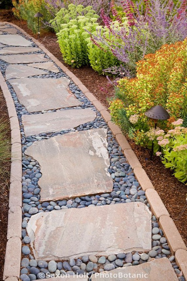 15  lovely decorative stepping stone