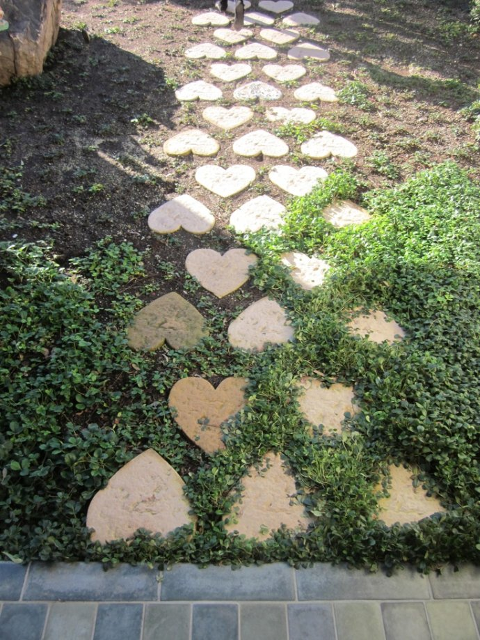 Decorative Stepping Stones 8