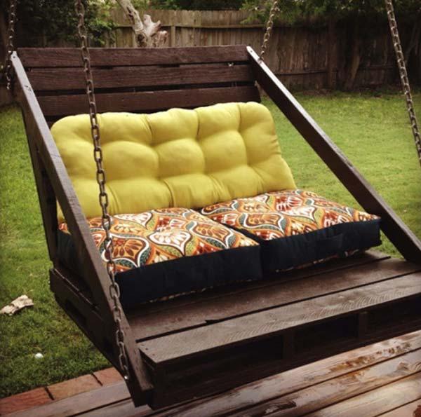 Fabulous DIY Patio and Garden Swings10