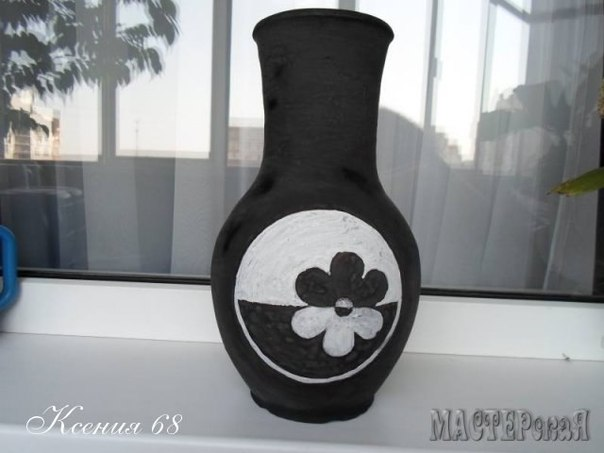 Floral bean decorated Vase04