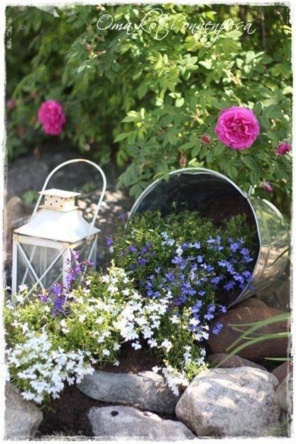 Flower Planters 11