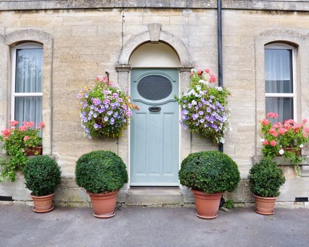 Front Door Flower Decorations 15