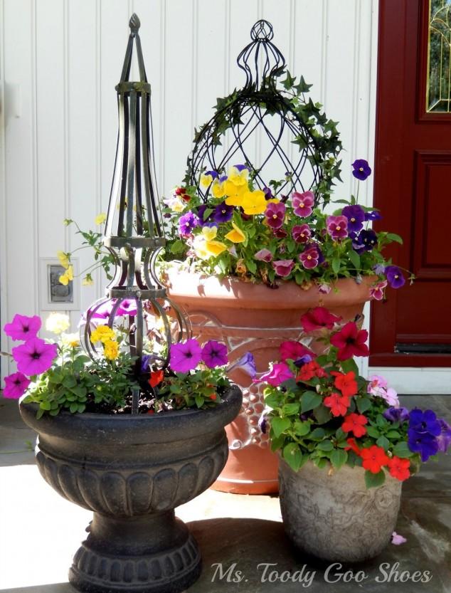 Front Door Flower Decorations 2