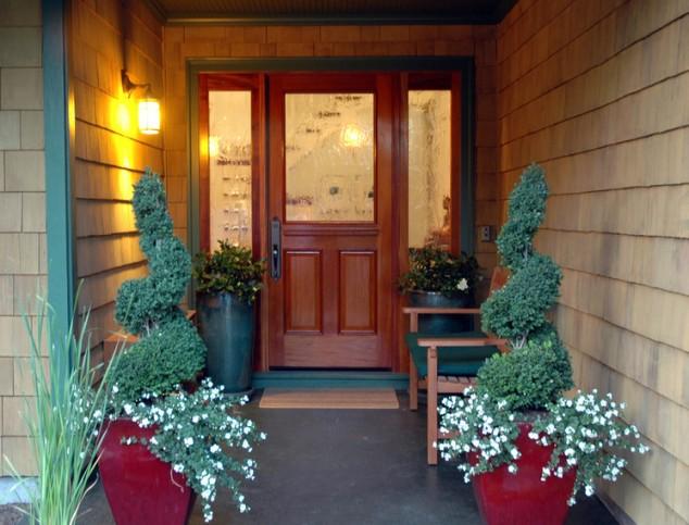 Front Door Flower Decorations 4