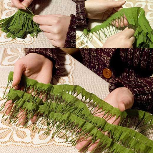How to DIY Mini Crepe Paper Christmas Tree3