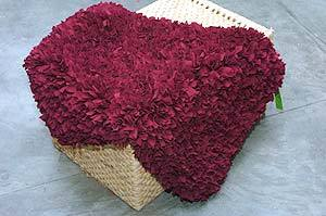 How to DIY Simple Rug from Fabric Scraps 14