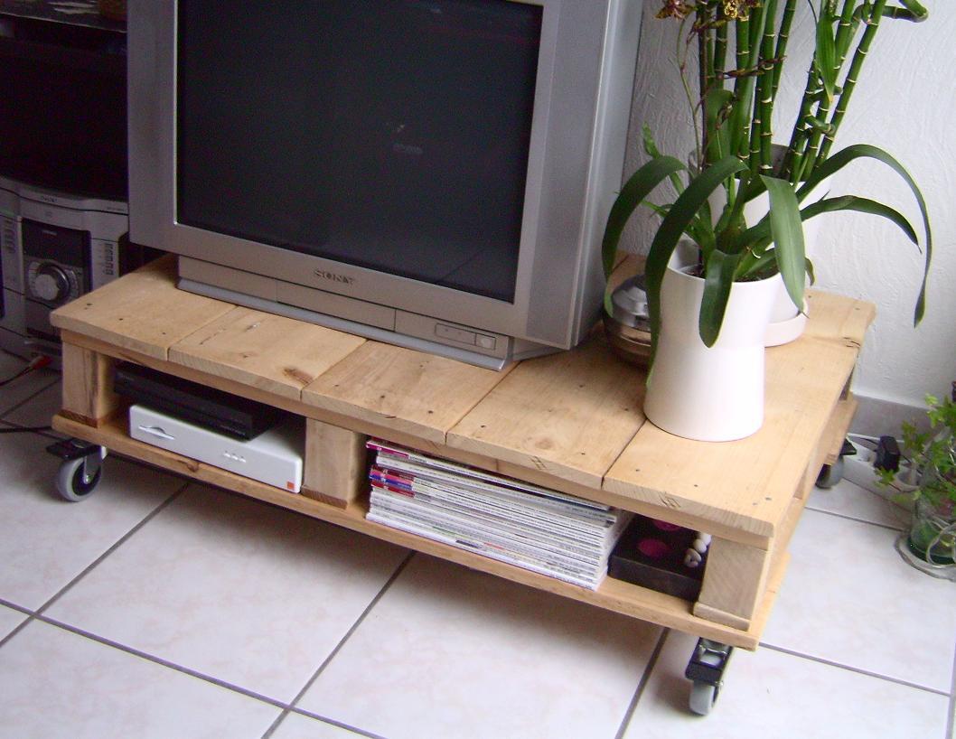 Pallet Furniture Ideas 9