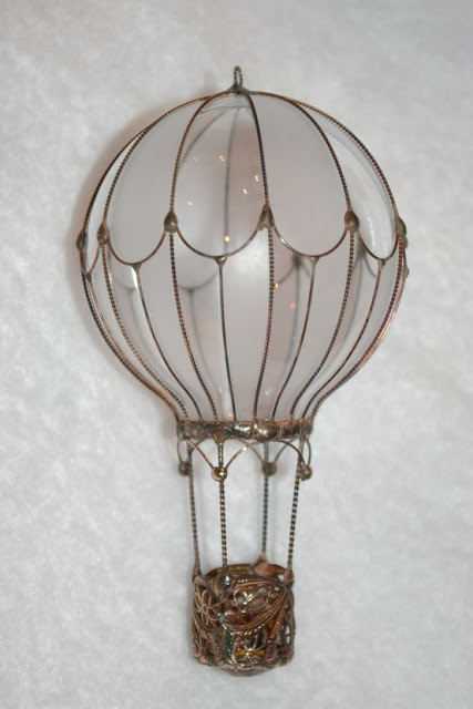 Recycle-Old-Light-Bulbs-3