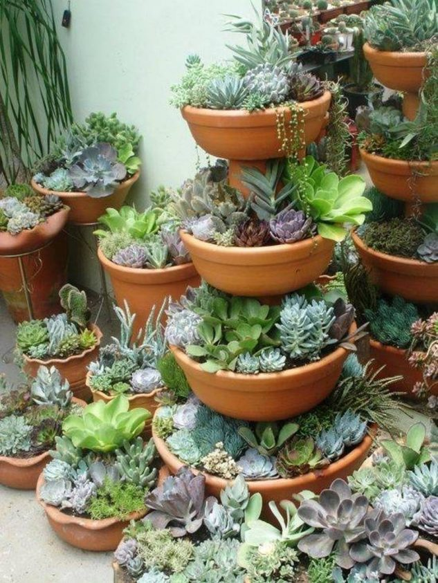 Stacked-Flower-Pots-11