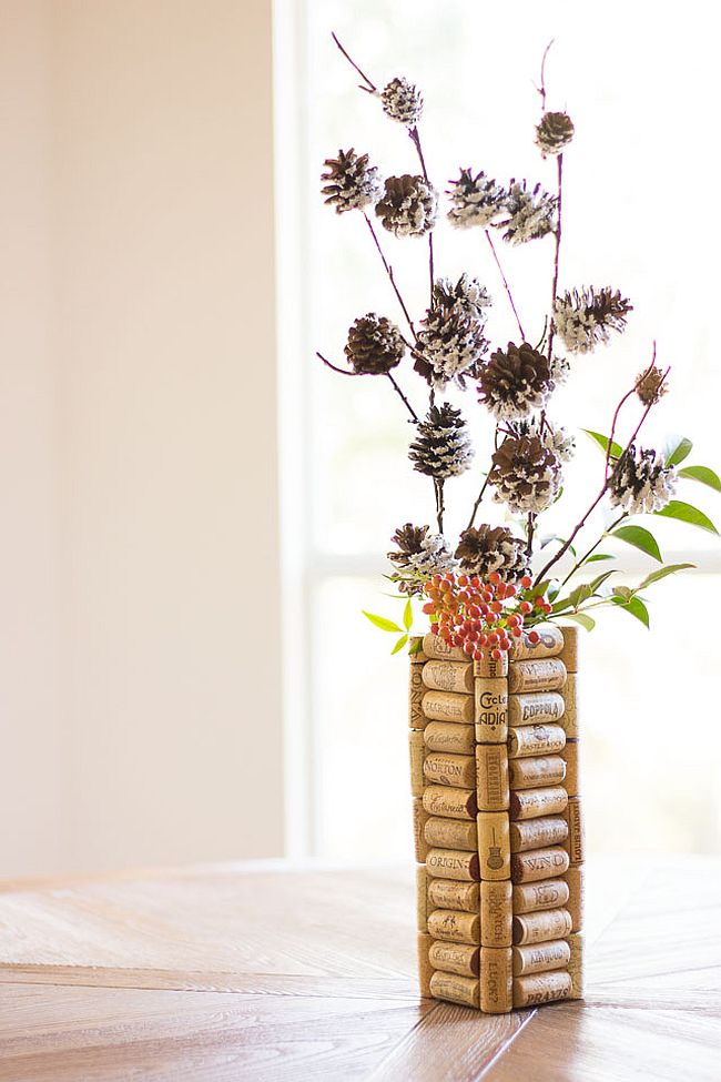10 DIY Vases For Your Beautiful Flowers