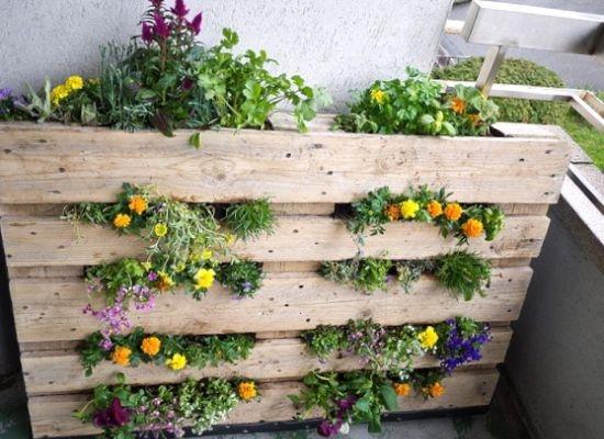10 Easy DIY Garden Furnitur To Inspire You