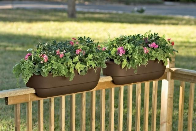 balcony-flower-boxes-10