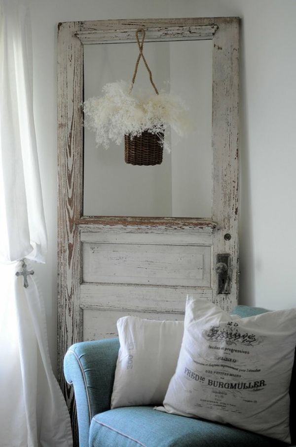 15 Simple And Creative Ideas To Reuse Old Barn Doors