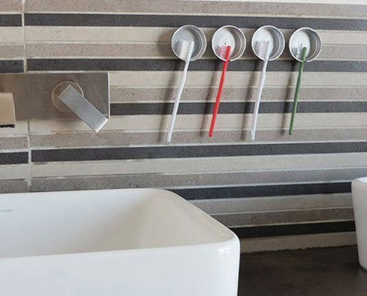 15+ Fantastic Bathroom Organizational Hacks