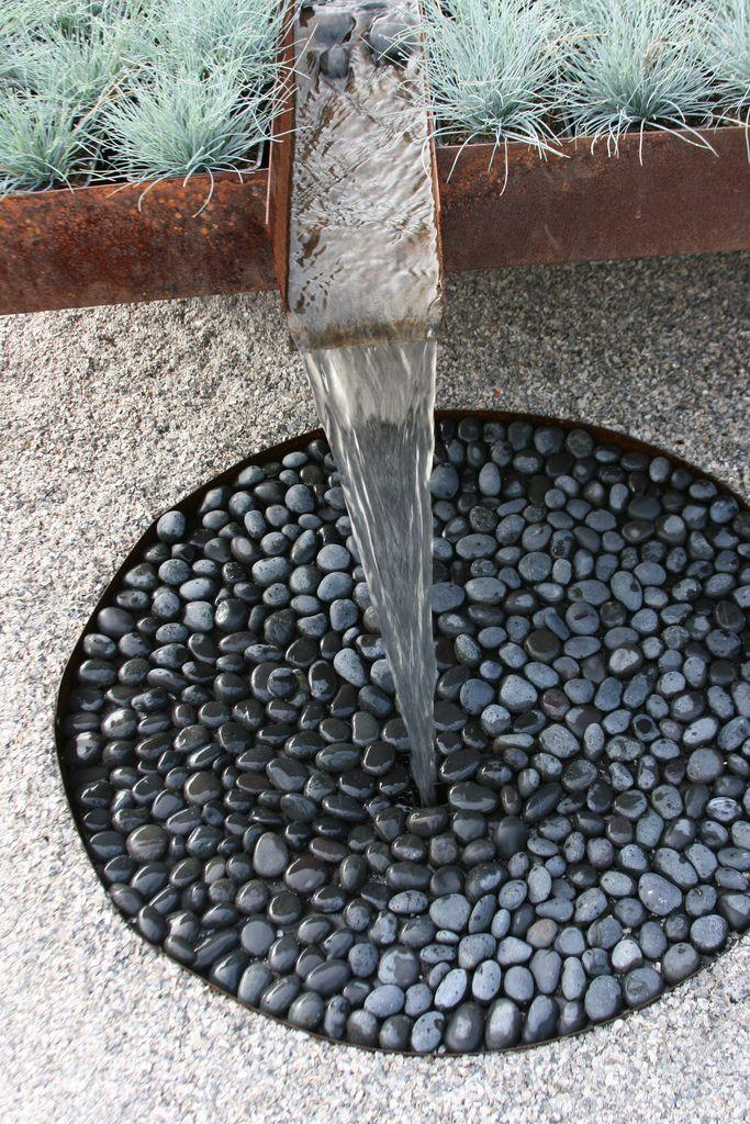 15+ Superb Black Pebbles Decor Ideas