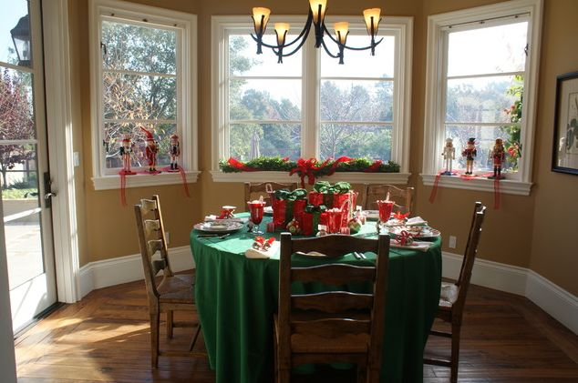 christmas-windows-decorating-ideas-8