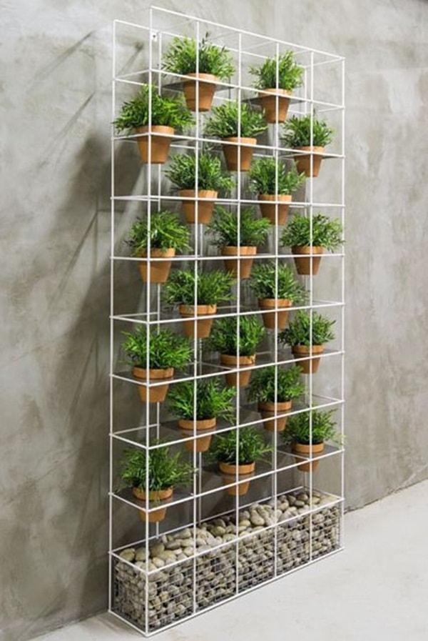 creative vertical planter 15