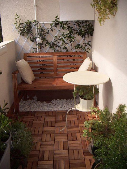 decorate your balcony with pebbles 1