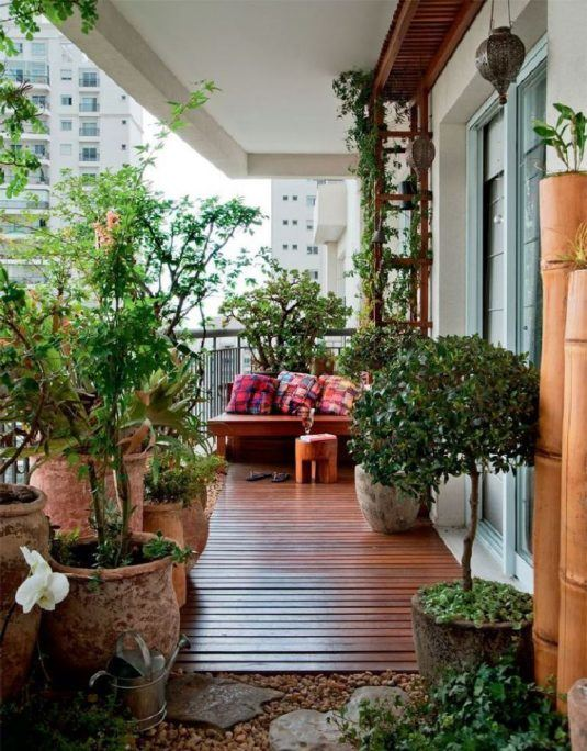 decorate your balcony with pebbles 2