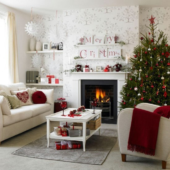 decorate-your-living-room-for-christmas-12