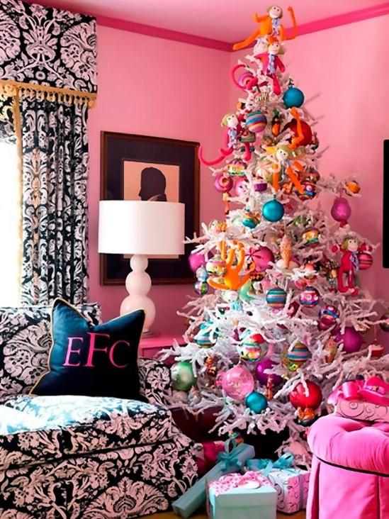 decorate-your-living-room-for-christmas-14
