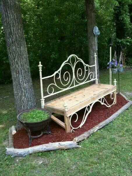20+ Pretty & Awesome DIY Front Yard Benches