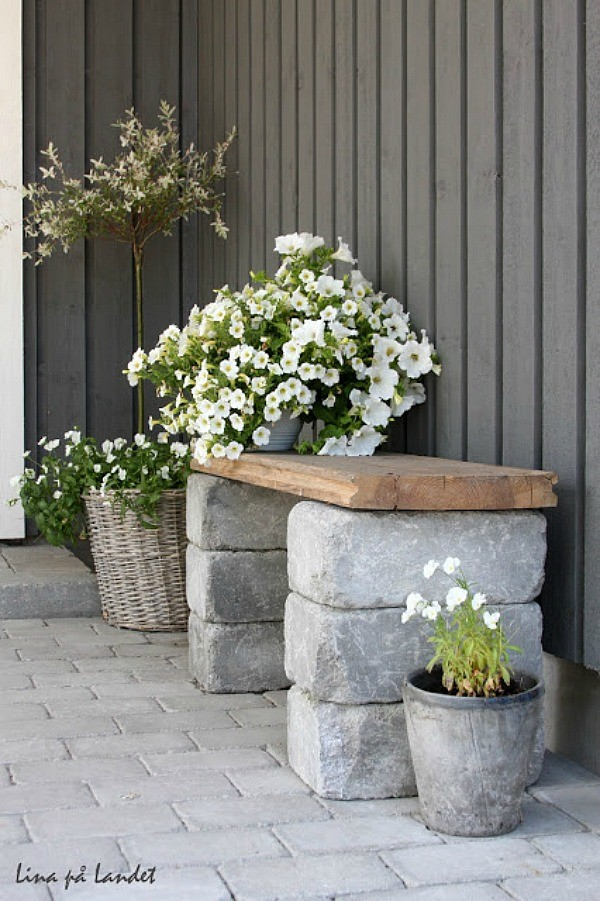 diy-front-yard-bench-19