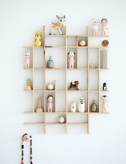 13+ Inspiring Unconventional Geometric Shelves