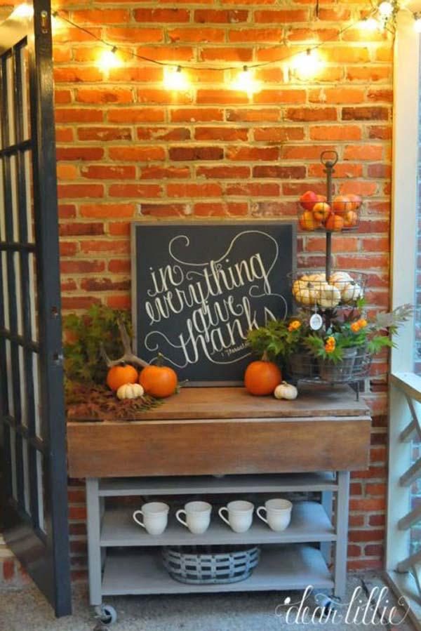 fall decorating 16